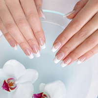 Shellac & Spa Manicure